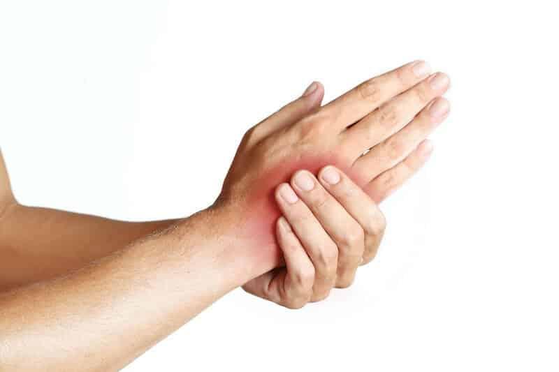 pr-eric-roulot-chirurgie-orthopedique-paris-chirurgie-main-douleur-main
