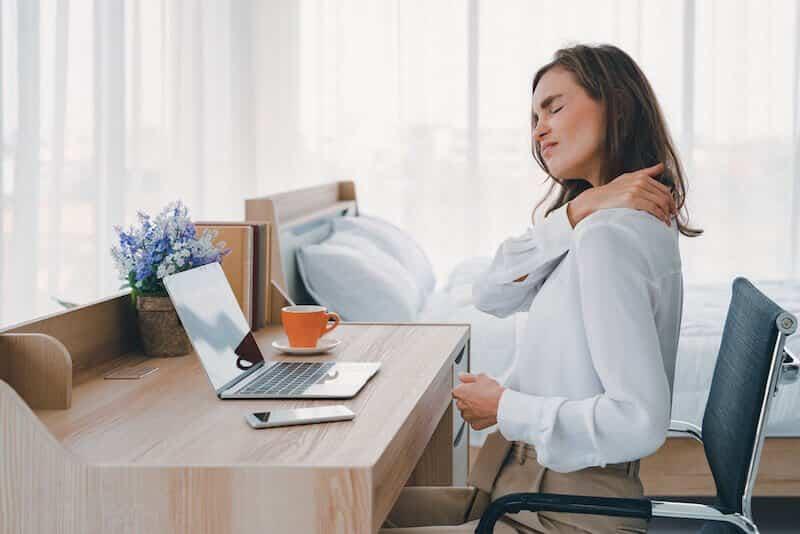Pr eric-roulot maladie épaule gelée-capsulite- douleur épaule gauche cervicale et cou au travail