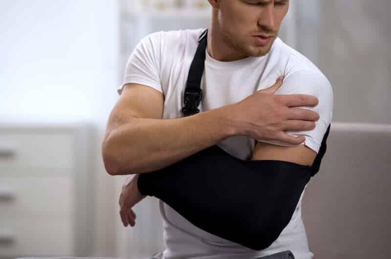 douleur-epaule-gauche-arret-de-travail-coiffe-des-rotateurs-rupture-de-la-coiffe-des-rotateurs-rupture-de-coiffe-epaule