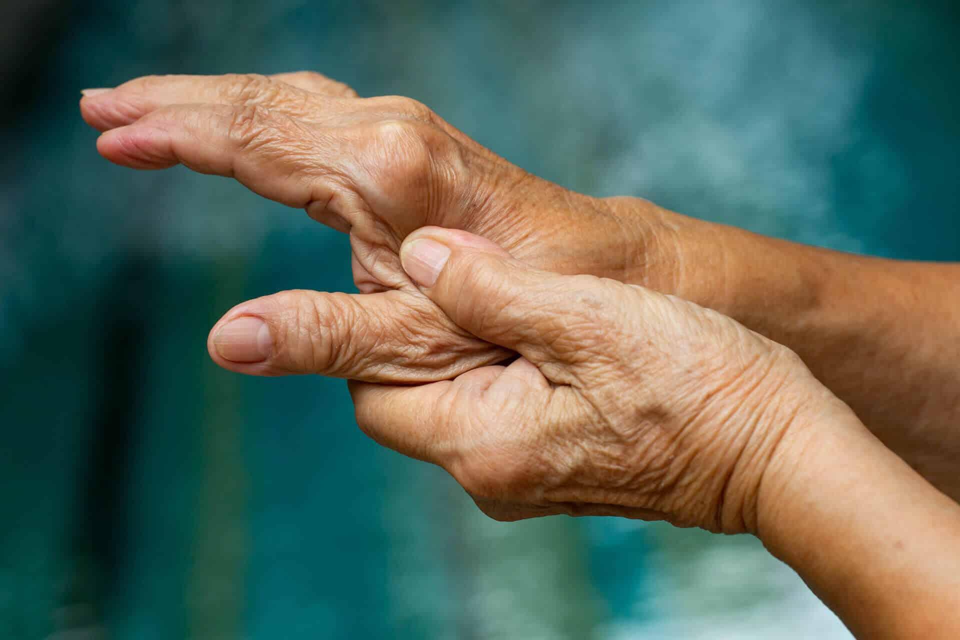 pr-eric-roulot-chirurgie-main-paris-chirurgie-doigt