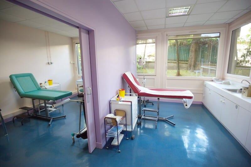institut-main-epaule-jouvenet-paris-16-salle-consultation-chirurgie-du-membre-superieur