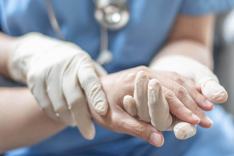 pr-eric-roulot-consultation-chirurgie-orthopedique-paris-chirurgie-main